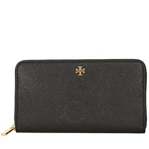 NWT Tory Burch Robinson Zip Continental Wallet